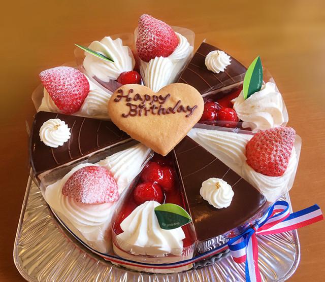 3種類のカットケーキ